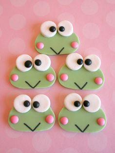 Sweet Lavender Bake Shoppe: *new* keroppi edible decorations. Frog Cupcakes, Frog Cookies, Cute Cookies, Cupcake Cookies, Sugar Cookies, Fondant Cupcake Toppers, Fondant Bow, Fondant Tutorial, Fondant Flowers