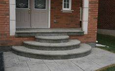 66 Ideas Round Stairs Outdoor Concrete Steps For 2019 Cement Steps, Brick Steps, Concrete Porch, Concrete Stairs, Porches, Round Stairs, Front Porch Steps, Front Entry, Wrought Iron Stair Railing