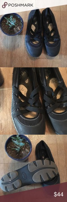 Most comfy Born flats These shoes are the most comfortable thing you'll ever put on!!  In AMAZING condition! Born Shoes Flats & Loafers