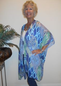 Beautiful mosaic kimono style jacket.  Great for travel!  Can be worn casually with jeans, or dress it up for the evening!