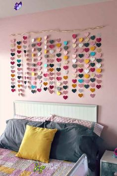 24 Wall Decor Ideas for Girls' Rooms 24 Wall Decor Ideas for Girls' Rooms<br> Bare walls? No worries! Inspire your design with these beautiful and creative girl's room wall décor ideas. Diy Bedroom Decor For Girls, Decoration Bedroom, Room Wall Decor, Diy For Girls, Diy Wall Decor, Home Decor Bedroom, Girls Bedroom, Decor Crafts, Art Decor