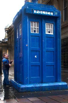 Boy with police box, Buchanan Street, Glasgow. Buchanan Street, London Icons, Police Box, Classic Monsters, Time Lords, Blue Box, Present Day, Dr Who, Tardis