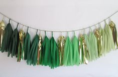 Im obsessed with these tassel garlands! This is perfect for a St. Patrick's Day Wedding! Find more creative #Etsy finds in today's post on 3d-memoirs.com