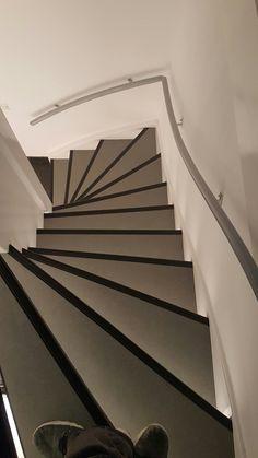 Trap marmoleum stair
