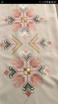 Brazilian Embroidery How To Do Hardanger Embroidery, Learn Embroidery, Ribbon Embroidery, Embroidery Thread, Embroidery Patterns, Bargello Needlepoint, Broderie Bargello, Cross Stitch Borders, Cross Stitch Patterns