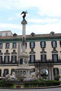 Piazza del Gesú in Naples #Italy | Get travel tips for this place -> www.gadders.eu/destination/place/Naples