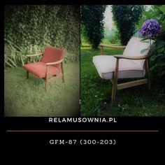 Fotel GFM87 (300-203) projektu Juliusza Kędziorka. Fotele został pozbawiony powłok lakierniczych, a drewno zgodnie z projektem miało być możliwie, jak najjaśniejsze i wykończone w matowym lakierze. a do wykończenia siedziska użyto tkaniny Venus Velvet. Outdoor Chairs, Outdoor Furniture Sets, Outdoor Decor, Venus, Home Decor, Decoration Home, Room Decor, Garden Chairs, Home Interior Design