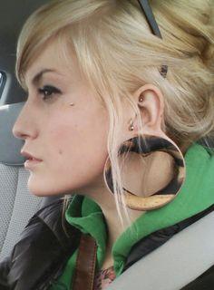 Renata Moura: Como alargar a orelha em casa.