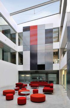 Stryker Flagship Office, Newbury, England By ESA Design Ideas Office Design