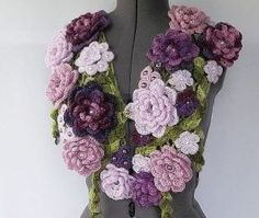 Burlap Wreath, Wreaths, Decor, Fashion, Moda, Decoration, Door Wreaths, Fashion Styles, Burlap Garland