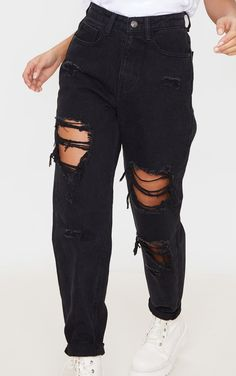 Black Ripped Mom Jeans, Ripped Jeans Outfit, Cute Comfy Outfits, Trendy Outfits, Teen Fashion Outfits, Denim Fashion, Cute Jeans, Teenager Outfits, Aesthetic Clothes
