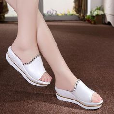 Summer Woman Shoes Platform bath slippers Wedge Beach Flip Flops High Heel Slippers For Women Brand Black Shoes - Department Name: Adult Item Type: Slippers Lining Material: PU Heel Type: Flat with Model Number: A - Shoes 2018, Fall Booties, Beach Flip Flops, Thick Heels, Mode Style, Types Of Shoes, Womens Slippers, Beautiful Shoes, Designer Shoes