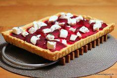 Rote Bete Tarte mit Meerrettich-Ricotta-Creme und Ziegenfrischkäse [Back die Bete]