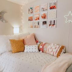 Give your dorm room walls the love they deserve! Mixtiles make it easy to decorate your walls with their sticky adhesive on the back, and don& damage your walls! Photo via IG: berkley_p College Bedroom Decor, Teen Room Decor, Room Ideas Bedroom, Cute Bedroom Decor, Bedroom Inspo, Bedroom Wall, Wall Decor, Wall Art, Dorm Room Walls