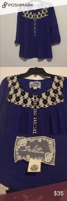 Anthropologie (Deletta) embroidered button up top 3/4 sleeve with elastic bottom. Button up front. Great condition.💯 cotton. Anthropologie Tops Blouses