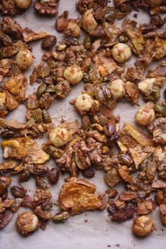 Tropical Trail Mix #healthy #party   Feed Me Phoebe