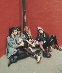 Neo grunge girls. Via → trashion †