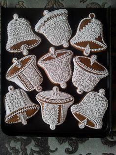 Christmas Sugar Cookies, Christmas Gingerbread, Christmas Sweets, Christmas Goodies, Christmas Baking, Gingerbread Cookies, Christmas Bells, Lace Cookies, Tea Cookies