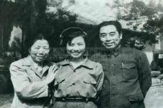 Необычная книга от автора Цзои Вин-муи появится на прилавках Гонконга. Произведение под названием «Секретная личная жизнь Чжоу Эньлая» , посвященное ближайшему соратнику Мао Цзэдуна, удивит читателей точкой зрения автора. По данным агентс...  #женатого, #жизнь, #политика, #посвященное, #цзэдуна #Likada #PRO #news #новость