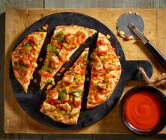 Grilling inspiration! Delicious recipe from Red, White & Barbecue – Western Chipotle Roasted Chicken Pizza