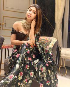 Sonarika Bhadoria Latest Photoshoot - Photogallery - Page 3 Indian Skirt, Indian Dresses, Only Fashion, Fashion Beauty, Bollywood Hairstyles, Sonarika Bhadoria, Snake Girl, Indian Tv Actress, Indian Beauty