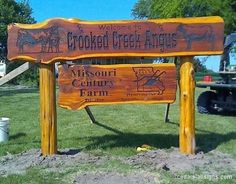 This is wood from the loading ramp. Cabin Signs, Farm Signs, Home Signs, Driveway Sign, Driveway Entrance, Farm Entrance, Wooden Signage, Cedar Posts, Farm Gate