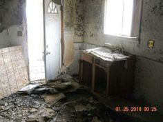 4 bed rooms 2 full baths large fenced yard 1.5 car garage note their is fire damage to the home needs work