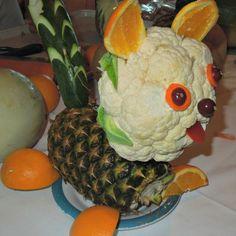 Puppy Dog made from fruit and vegetables! #fruit #vegetables #centerpiece grandparentsplus.com