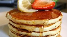 Sunday Morning Lemon Poppy Seed Pancakes Recipe - The favorite flavors of lemon and poppy seed combine to make light, lovely pancakes for a special breakfast. Almond Flour Pancakes, Tasty Pancakes, Fluffy Pancakes, Lemon Pancakes, Souffle Pancakes, Buttermilk Pancakes, Old Fashioned Pancake Recipe, Brunch Recipes, Breakfast Recipes