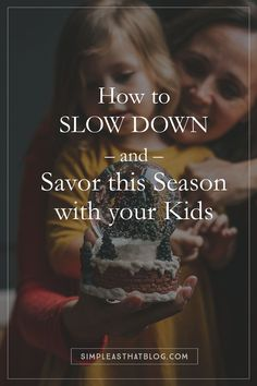 How to Slow Down & Savor This Season With Your Kids We put a lot of pressure on ourselves as moms to make the holidays special. Its so easy to adopt the myth that doing more will equal more magic. Source by rebeccacooper Simple Christmas, Christmas And New Year, Winter Christmas, All Things Christmas, Magic Of Christmas, Minimalist Christmas, Christmas Tree, Family Traditions, Christmas Traditions