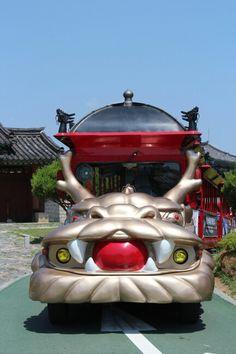트래블러루앙프라방의 1박2일 경기도 수원여행, 성곽의 꽃 수원화성 관광열차  【Hwaseong Fortress Tourist train】 , Suwon, Gyeonggi-do, korea.  #여행 #사진 #수원화성 #관광열차 #수원 #트래블러루앙프라방  2014. 06. 06.  #AmateurTravelPhotographer #Travel #Photo #Restaurant #travelerluangprabang #Korea  https://plus.google.com/+트래블러루앙프라방  http://instagram.com/travelerluangprabang  http://m.blog.naver.com/1997ssy  http://www.tnote.kr/ssy1997
