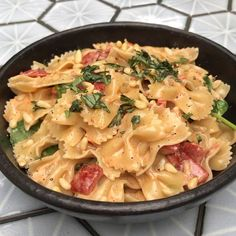 OMG 😍👌🏽 This tastes unreal. Tag someone who loves pasta 🍝. This served 3 adults and a hungry Oscar 😀 Healthy Recipes On A Budget, Healthy Eating Recipes, Veggie Recipes, Vegetarian Recipes, Cooking Recipes, Healthy Food, Dinner Recipes, Snacks Recipes, Healthy Dinners