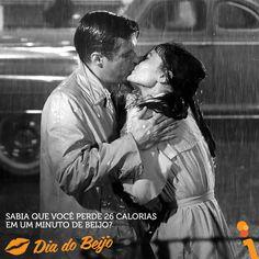 Pra que parar de comer brigadeiro, se a gente pode beijar MUUUUUUITO? 💋💏👭👬👫    #DiaDoBeijo #DiaDobeijoAgenciaVision #AgenciaVision #AgenciaVisionDesign