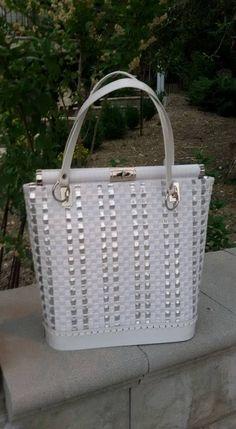 Plastová • kabelka