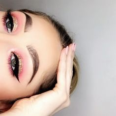 Pink and gold glitter cut crease with winged liner! Follow my Instagram for more make up looks like this @sophielatta1 #pinkcutcrease #goldcutcrease
