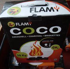 En we stoken natuurlijk met de coco steentjes van Flamy. Branden zeer lang gelijkmatig. Ook voordelig trouwens want herbruikbaar. Als tenminste de bbq ook doven wil. www.lujaba.nl