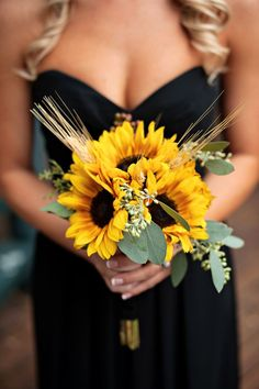 country wedding sunflowers, flower bouquets, sunflowers wedding, summer wedding ideas sunflower, sunflower bridesmaid flowers, black bridesmaid dresses, bridesmaid bouquets, country sunflower wedding, sunflower wedding bouquets
