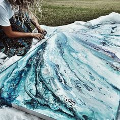 When I say be creative, I don't mean you should all go buy paints, or write poetry. I mean let your life be creative. Let your clothes tell a story. Let your conversations be authentic. Food presentations become an artwork. Apply oils and scents that leave an impression.Painting the sea tonight because it's always on my mind. Skirt @lacewhiskey