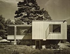 Chamberlain Cottage, Wayland, MA, 1940-41. Architects: Marcel Breuer + Walter Gropius. Via The Architect's Newspaper