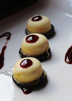 Mille idee golose > Mini cheesecake con cioccolato bianco e biscotti oreo.