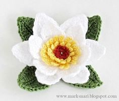 ❧Pretty Flowers,  Crochet designs, diagrams, how to's and ideas   crochet lily + photo tutorial