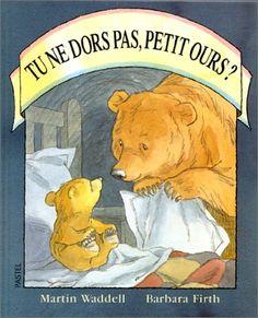 Tu ne dors pas petit ours?