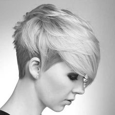 Alternative styling technique. Combine a textured piecey style, sleek it down on the sides and the back. Loving the long fringe <3