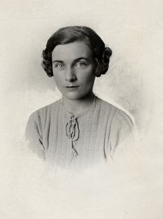 Lady Alice Montagu Douglas Scott (later Duchess of Gloucester), daughter of the 7th Duke of Buccleuch & Queensberry