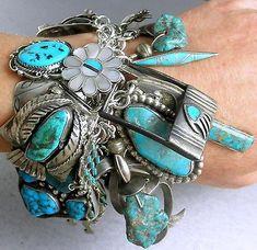 309g-SPECTACULAR-46-Old-Pawn-Charms-Navajo-Zuni-Hopi-Turquoise-Charm-Bracelet