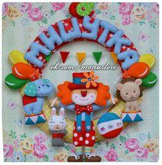 Марья Ману Mobiles, Felt Wreath, Felt Fabric, Felt Art, Baby Names, Needle Felting, Banner, Wreaths, Dolls