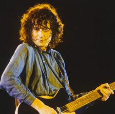 Jimmy Page  •  Knebworth Festival  ~  11 AUG 1979   ◽Photograph 3 of 9   glm