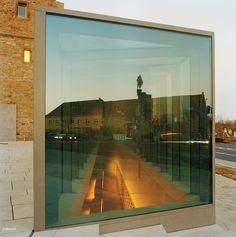subtilitas:  Bruno Fioretti Marquez Architekten- Schweinfur Library, Sinsheim 2007. Via, photos (C)Annette Kisling.
