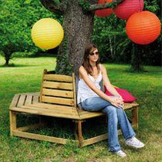 décoration jardin avec tronc d'arbre