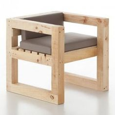 There are over 16000 woodworking plans that come with step-by-step instructions and detailed photos. Outdoor Furniture Plans, Wood Pallet Furniture, Woodworking Furniture, Home Decor Furniture, Furniture Projects, Wood Pallets, Woodworking Projects, Woodworking Plans, Woodworking Store